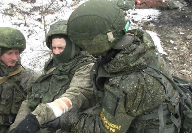Мотострелковые подразделение провели учения в крымских горах
