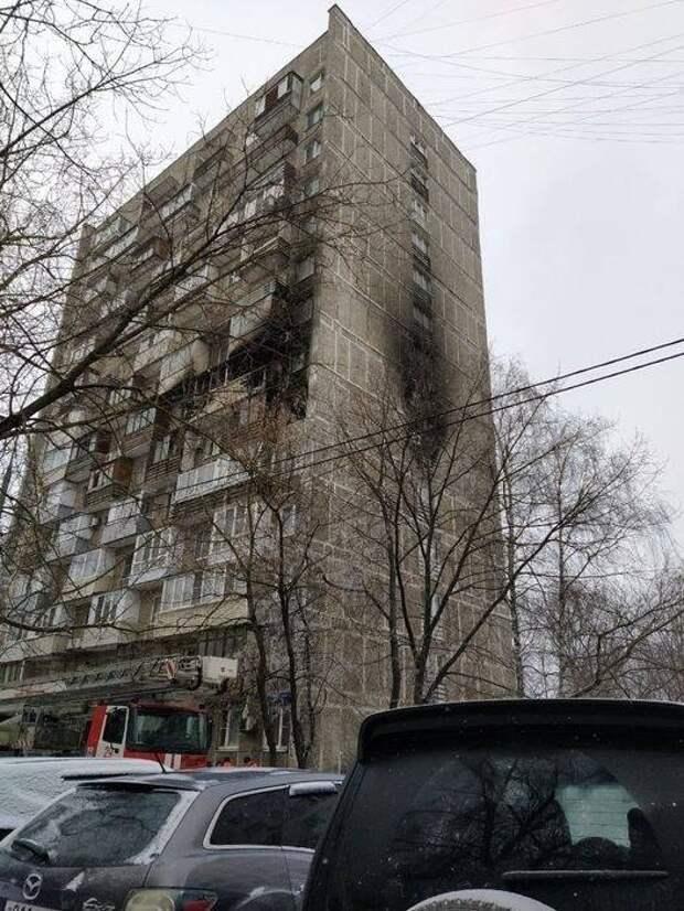 14 человек спасли во время пожара в Хорошёво –Мнёвниках