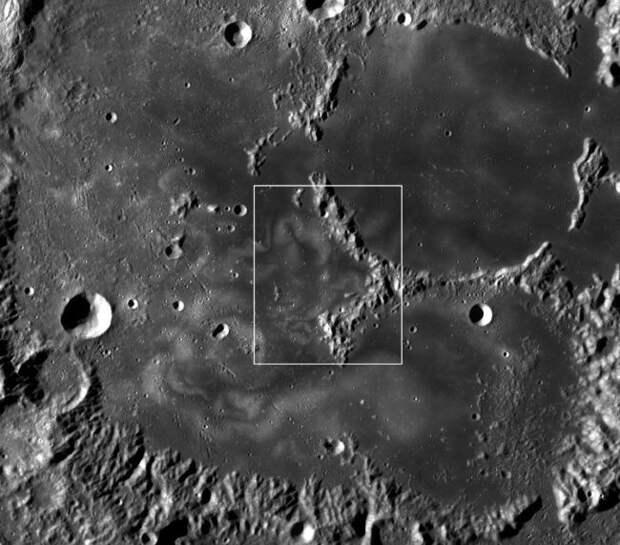 На Луне замечены спиральные образования, не поддающиеся объяснению