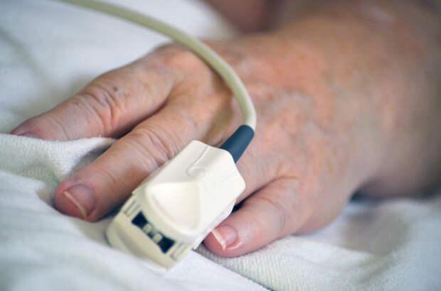 Пожилая женщина с подтвержденным коронавирусом скончалась в Удмуртии