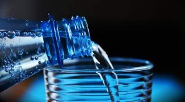 Воду для питья лучше взять из дома/pixabay.com
