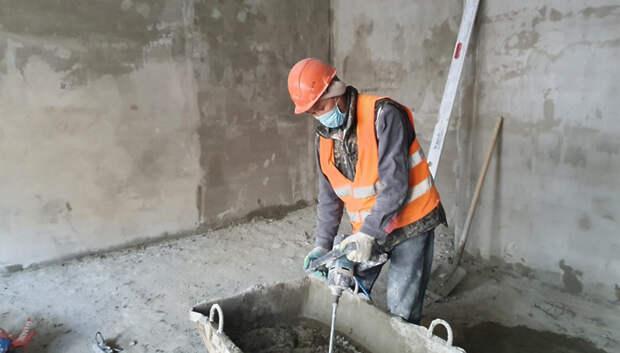 Более 70 строительных рабочих в Подмосковье заразились коронавирусом