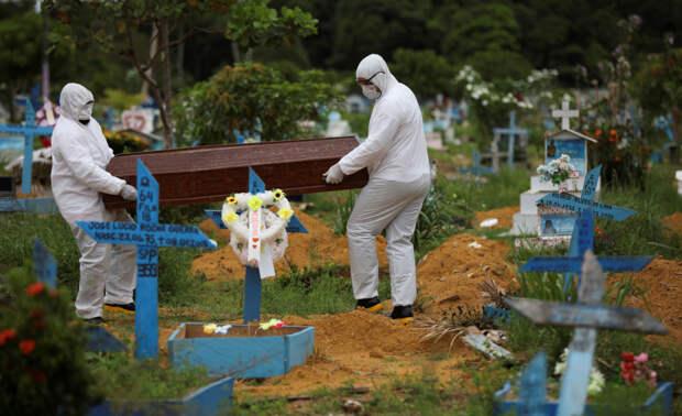 В России от коронавируса скончались уже 12247 человек