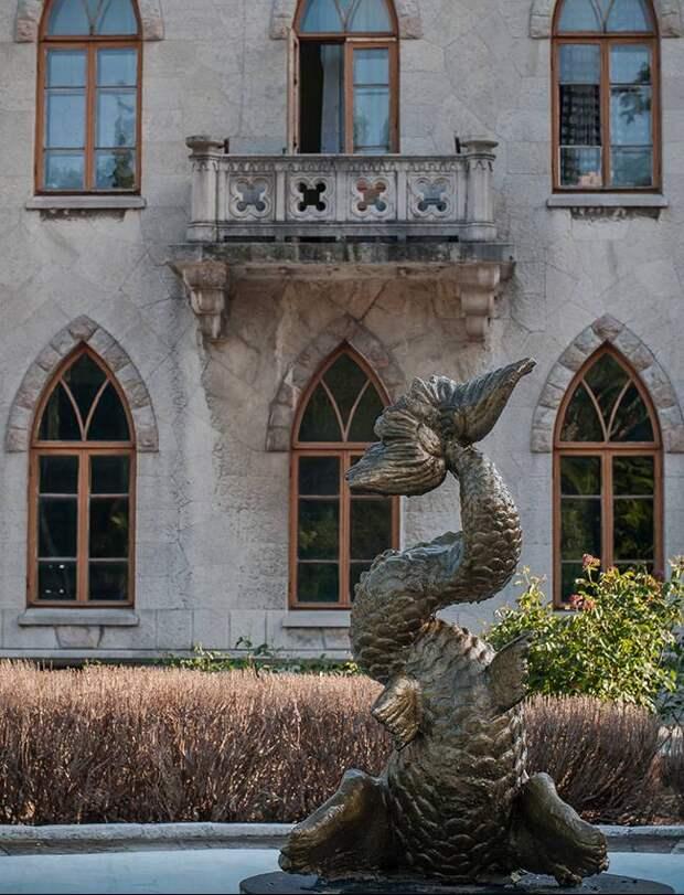 Утерян при передаче: как гибнут памятники архитектуры и истории в Крыму