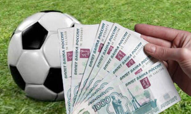 Севастопольским футболистам должны заплатить 3,6 млн рублей