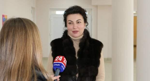 Скандал в Крыму: на обрыв связи с руководителем региона министр культуры отреагировала матом