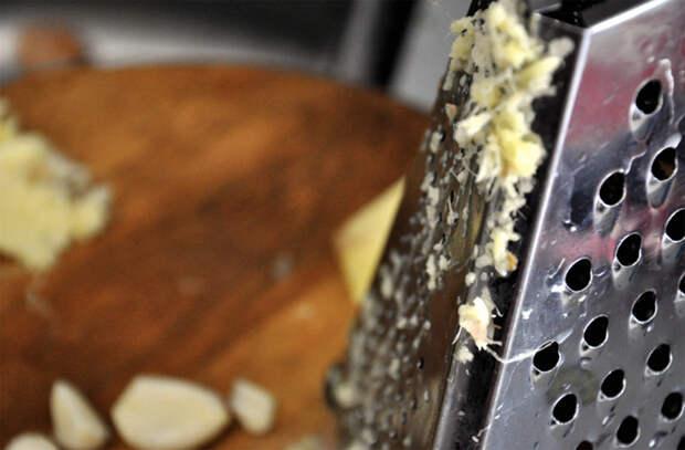 Добавляем чеснок в разную еду: правила и частые ошибки
