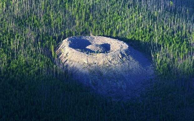 Тайна Патомского кратера