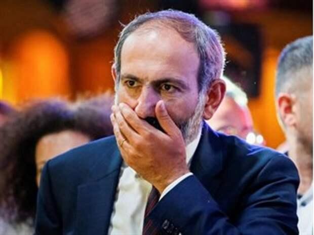 Россия предоставила Пашиняну возможность повоевать самостоятельно. Итог: войска Карабахской армии бегут домой