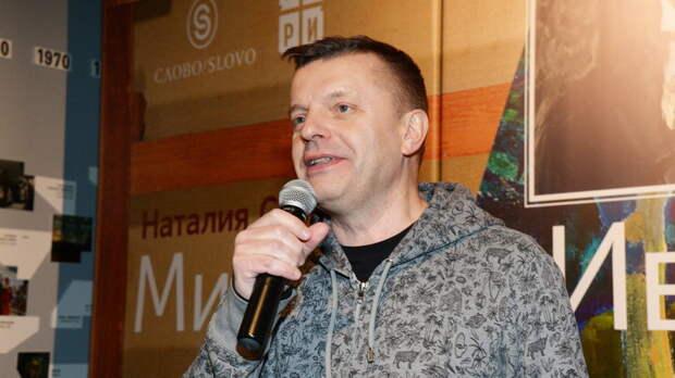 Жена Парфёнова поделилась фото, намекнув на переезд из России: Вот и всё
