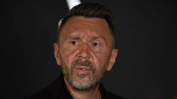 Шнуров прокомментировал свои отношения с Собчак