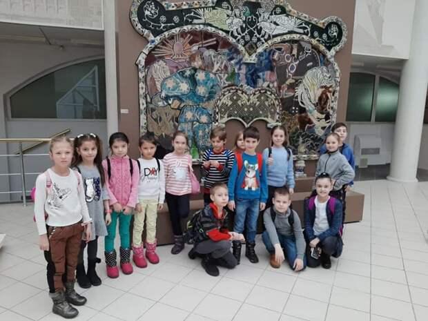 Школьники из Молжаниновского приняли участие в экскурсионной олимпиаде