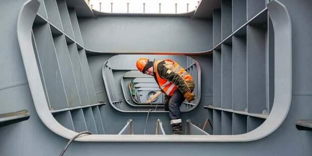 Строители начали возведение нового моста через реку Сходня