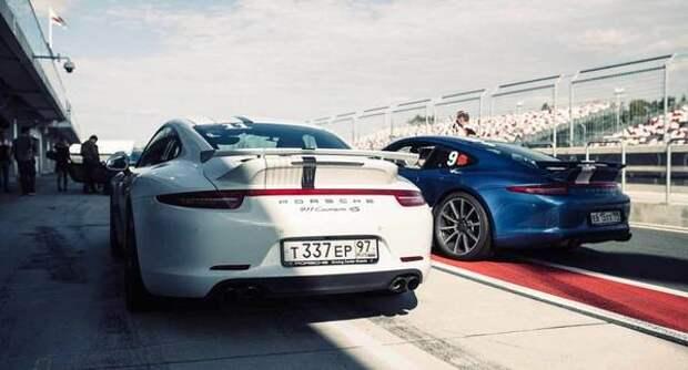 Porsche повысил в апреле 2021 года цены на несколько моделей в России