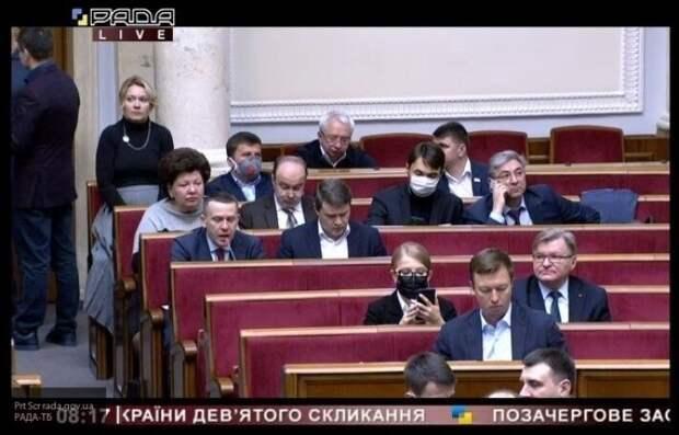 Ищенко: Украинский олигархат начал активно заигрывать с Россией