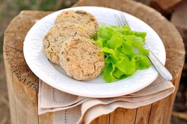 Блюдо для поста: картофельно-гречневые котлеты