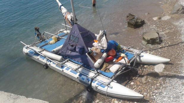 В Крыму спасли белорусских туристов в четырёх милях от берега