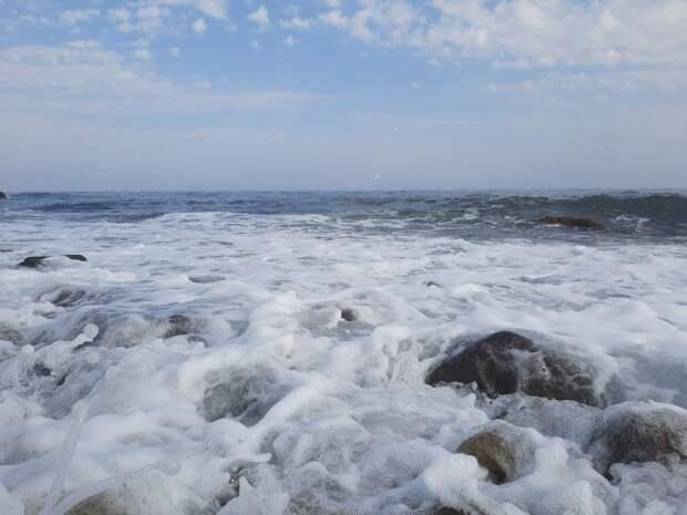 Судоходство по Керченскому проливу частично возобновилось со стороны Черного моря