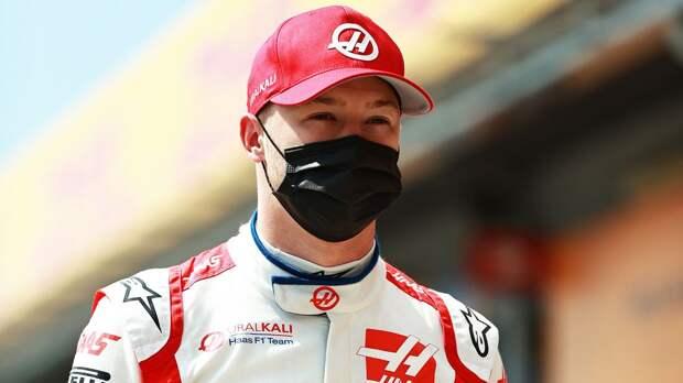 Латифи разбил болид после контакта с Мазепиным на Гран-при Эмилии-Романьи