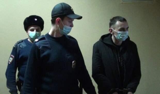 ВНижнем Тагиле по«горячим следам» задержан предполагаемый грабитель вчерной маске