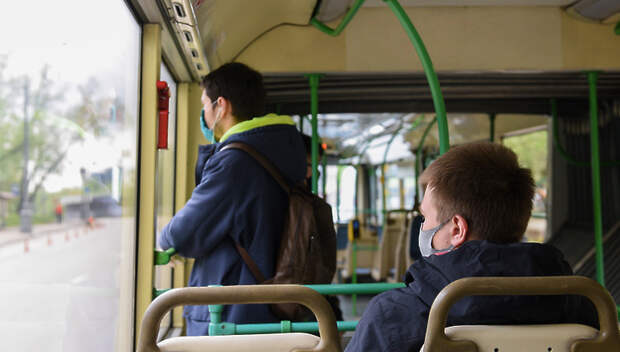 Более 95% пассажиров общественного транспорта Подмосковья надели маски во вторник