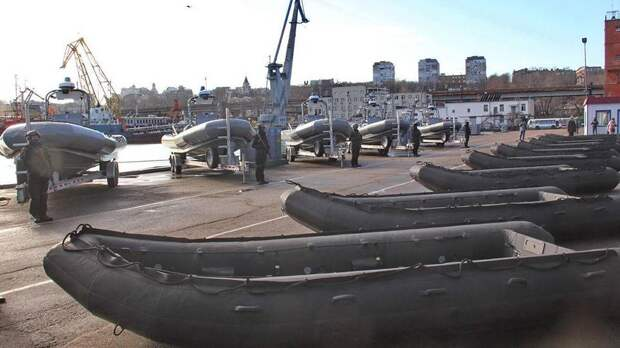 Америка не зря снабдила Украину надувными лодками