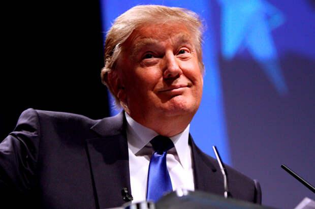 Дональд Трамп поставил себе «пять с плюсом»