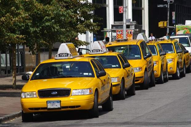 Вот почему знак такси выполнен в виде шашечек
