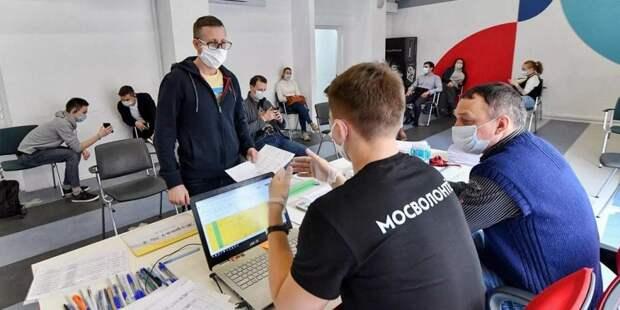 Собянин лично поблагодарил волонтеров за труд в период пандемии/ Фото mos.ru