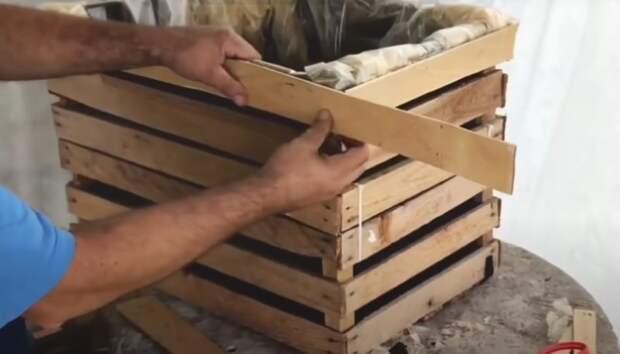 Как создать фонтан на участке при помощи деревянных ящиков