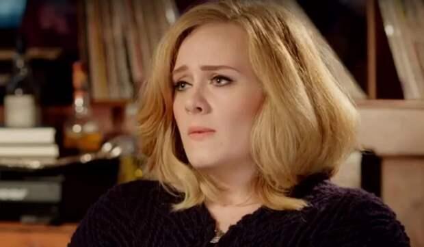 После развода Адель пообещала не петь об экс-муже