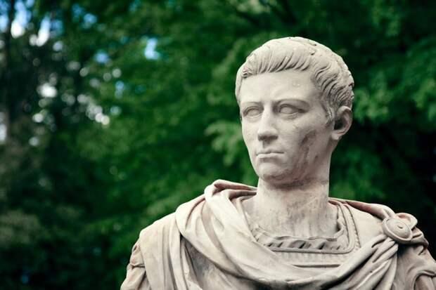 Казнь за молитву Калигула, безумие, история, культ, лошадь, факты