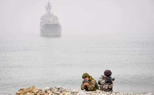 Война на Донбассе: Зачем Россия перебросила дополнительный флот в Черное море