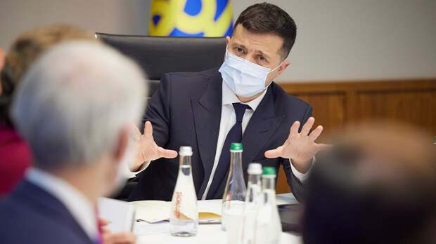 Президенту Украины Владимиру Зеленскому предрекают бегство в Россию
