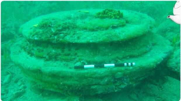 «Атлантида» оказалась остатками микробов