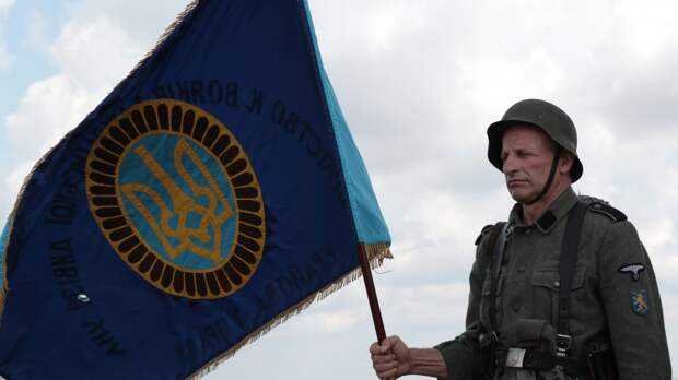 Россия призывает власти Украины прекратить обелять нацистов