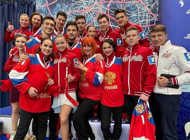 «Красная машина» Загитовой победила на шоу-турнире, «космонавты» Медведевой завоевали приз зрительских симпатий