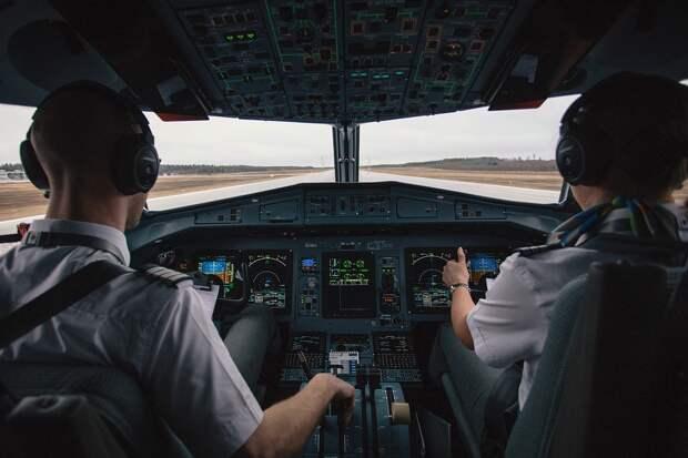 Прокуратура выявила нарушения при подготовке и допуске к полету более 450 пилотов