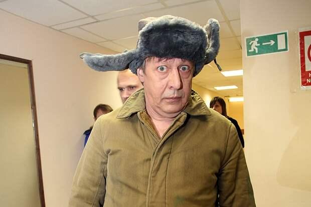Гонорар Михаила Ефремова за выступление с его моноспектаклями варьируется от одного до полутора миллионов рублей