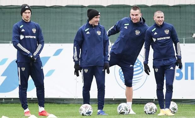 В сборной России сообщили о сомнительных тестах на COVID-19 у Заболотного, Ерохина и Лесового