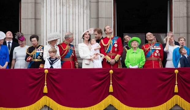 «Ужасная трагедия»: наследники престола Великобритании могут воссоединиться