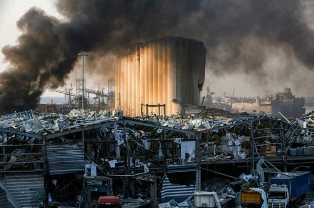 Взрыв в Бейруте открыл глаза миру на важнейшую уязвимость экономики