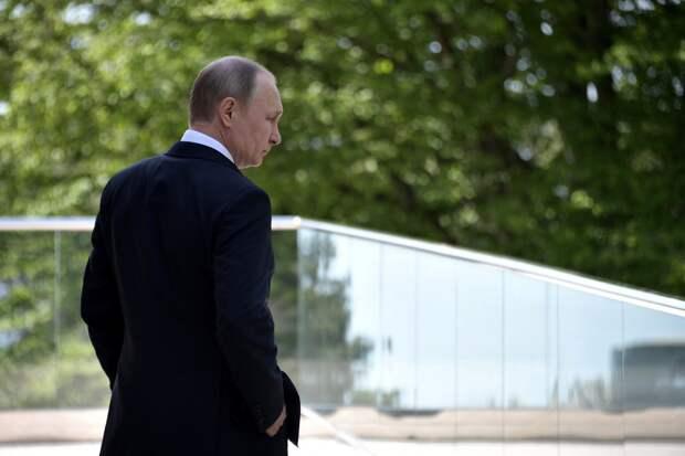 Политолог Соловей рассказал, когда уйдет Путин: «Даже раньше 2024 года»