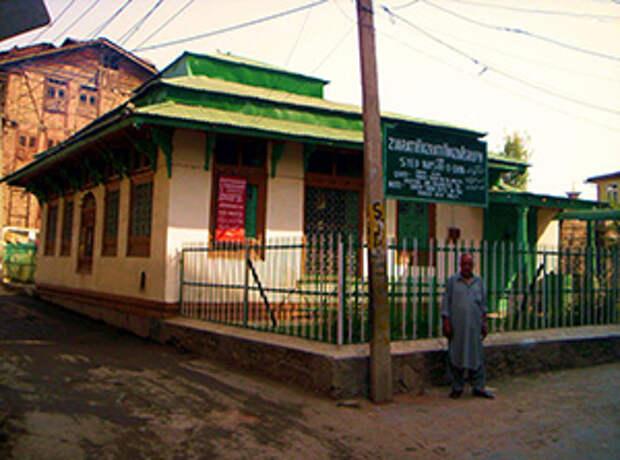 могила Иисуса в Шрингаре, Индия