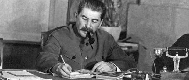 Украинские «ястребы» призывают брать пример со Сталина