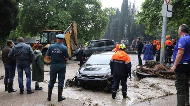 До 18 человек увеличилось количество пострадавших от непогоды в Ялте