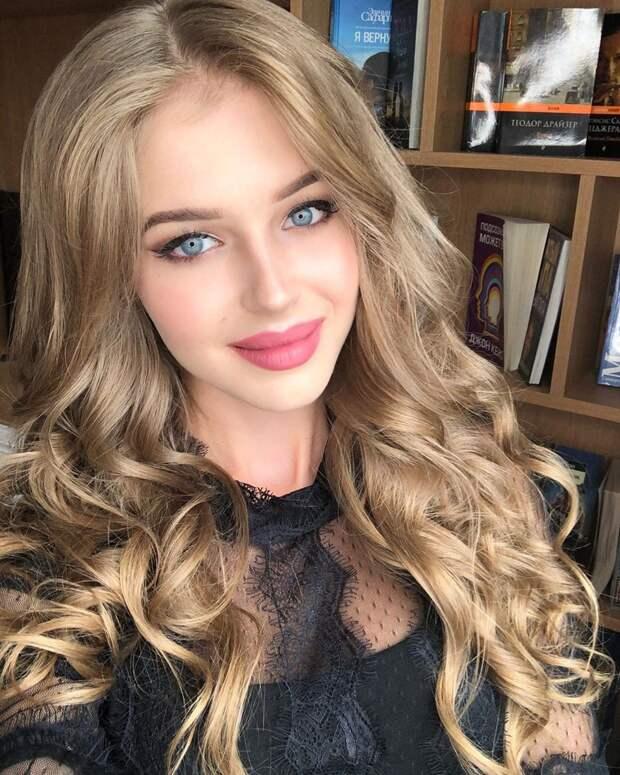 Действующая Мисс России — отличные фотографии