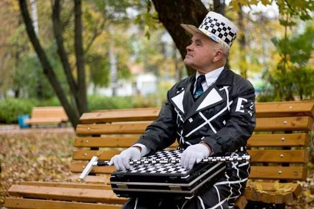 Виктор Казаковцев — 71-летний модник, являющийся местной знаменитостью Кирова в мире, виктор казаковцев, киров, красавчик, люди, мода, пенсионер, позитив
