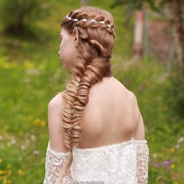 21.  косы, сестры