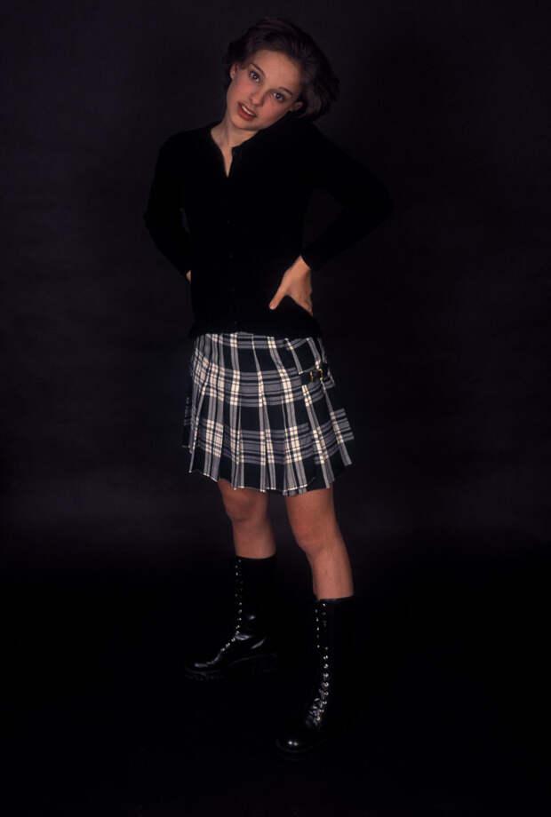 Натали Портман (Natalie Portman) в фотосессии Кена Вайнгарта (Ken Weingart) (1994), фото 12